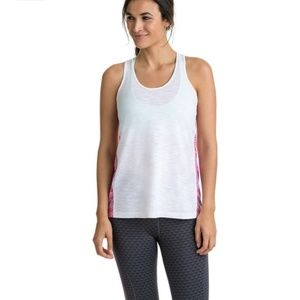 NWT Vineyard vines Performance Tank
